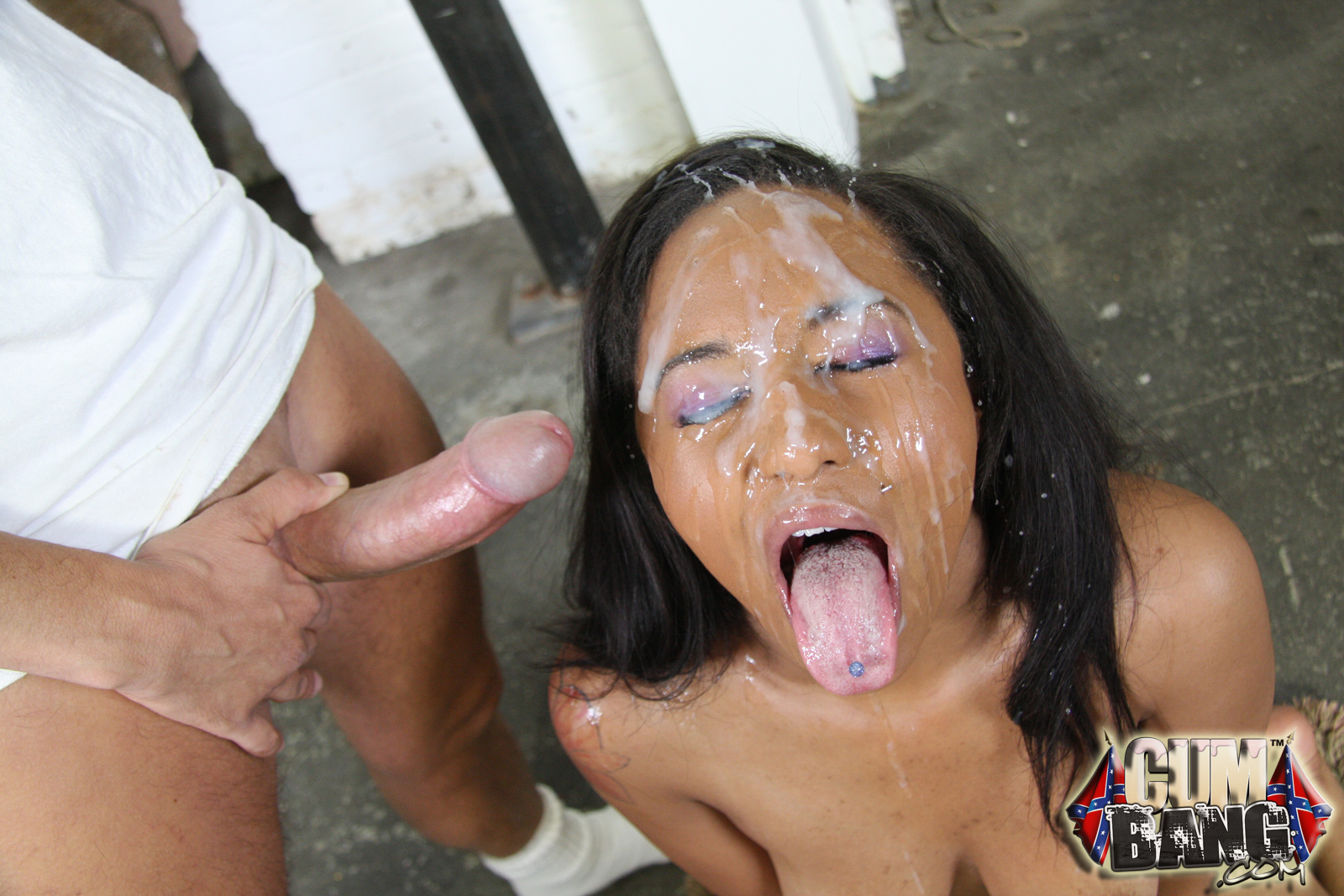 Black milf with shaved pussies